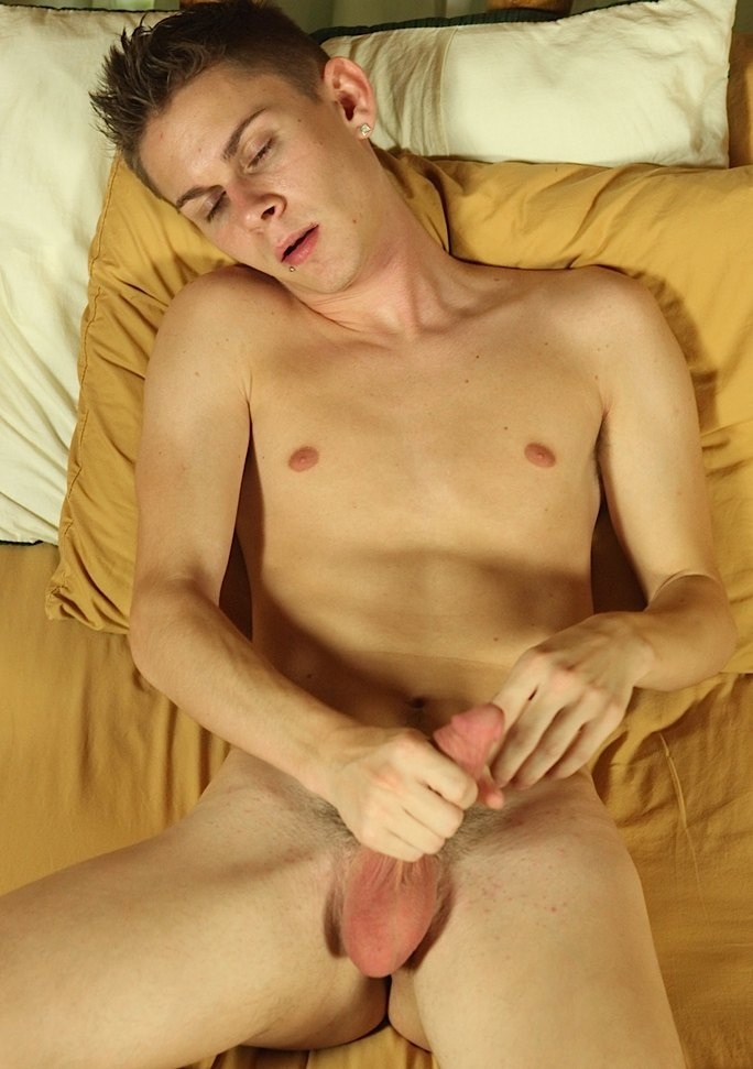 Twink video sexy twink robbie anthony has a