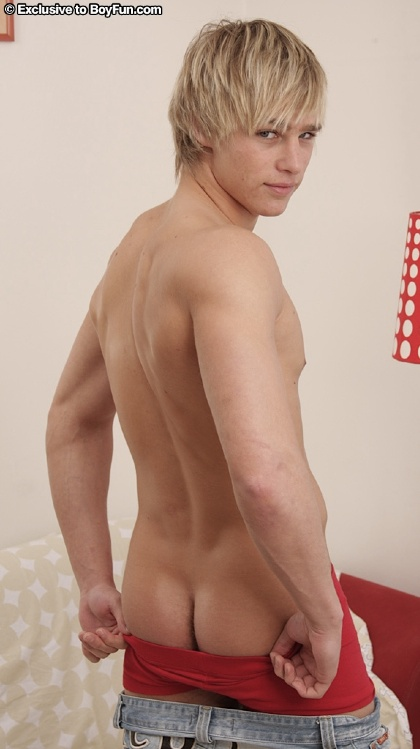 image Gay blonde twink porn gallery today we have